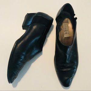 NINE WEST   leather bootie   10
